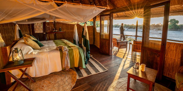 camp luxueux dans le parc du lower zambezi